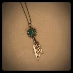Vintage turquoise pendant w/ dangling feathers